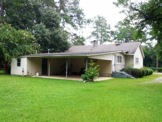 2004 Wilson Ave N, Tifton, GA 31794