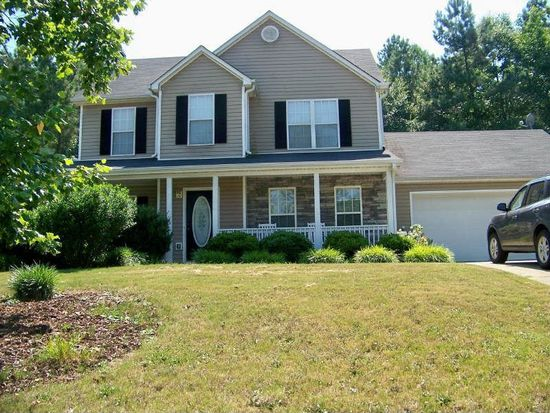 410 Winston Manor Dr, Winder, GA 30680