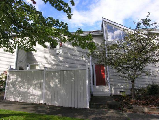 2518 E Olive St, Seattle, WA 98122