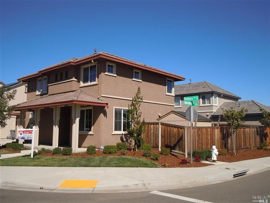 307 Potters Ln, Vacaville, CA 95687
