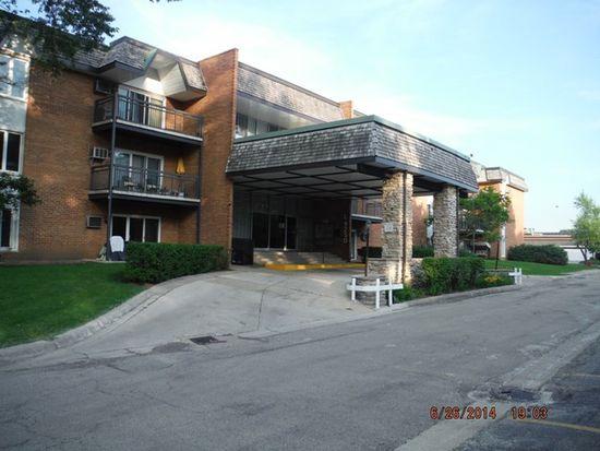 4250 Saratoga Ave APT 110, Downers Grove, IL 60515