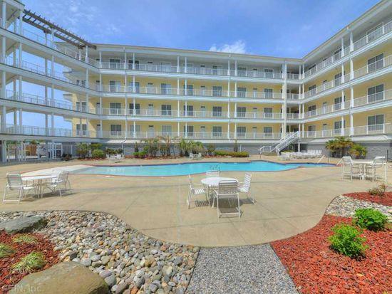 204 Sandbridge Rd UNIT 304, Virginia Beach, VA 23456
