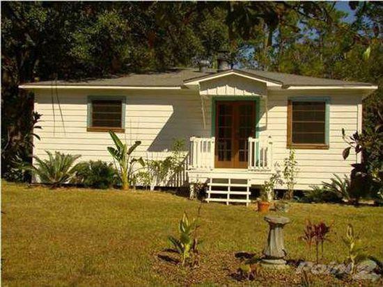 4960 Bayou Shores Dr, Coden, AL 36523