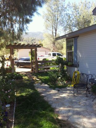 8720 Caliente Bodfish Rd, Caliente, CA 93518