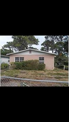 802 N 29th St, Fort Pierce, FL 34947