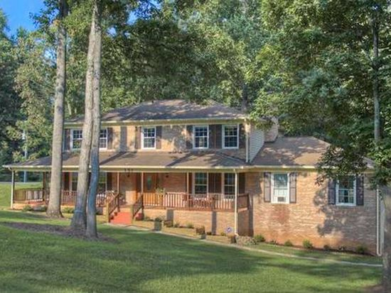 151 Autumn Dr, Stafford, VA 22556