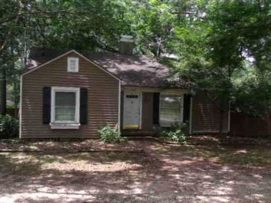 1326 4th St SW, Moultrie, GA 31768