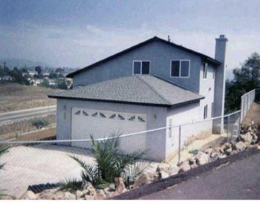 174 Zember Ct, Vista, CA 92083