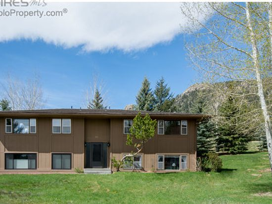 1111 Fairway Club Cir UNIT G2, Estes Park, CO 80517