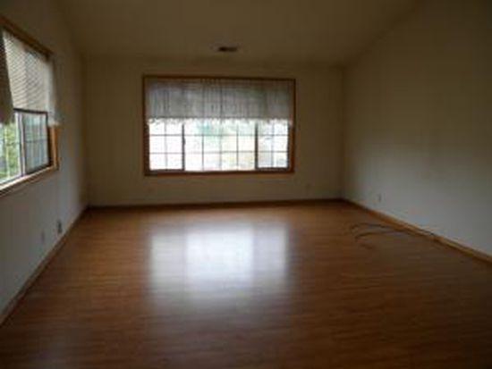 1070 Kinglet Ave, Mckinleyville, CA 95519