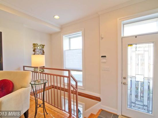 619 S Clinton St, Baltimore, MD 21224