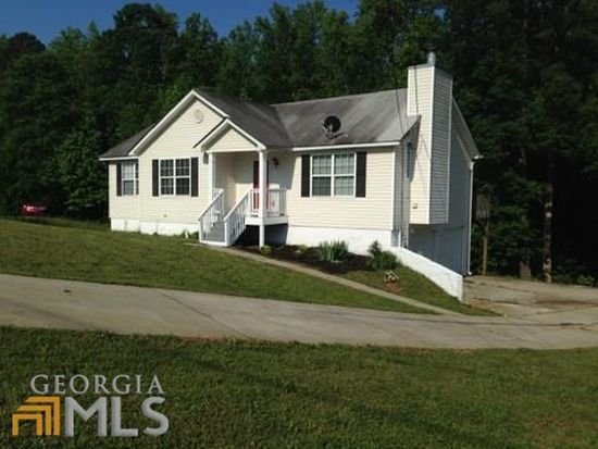 36 Connie Trl, Grantville, GA 30220
