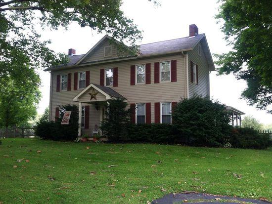 925 Center Church Rd, New Castle, PA 16101