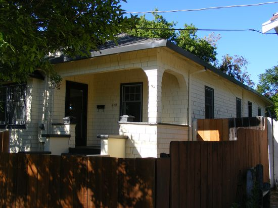 812 Locust St, San Jose, CA 95110