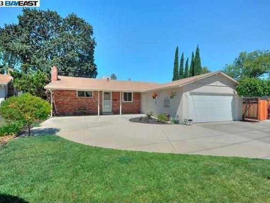 1329 Wagoner Dr, Livermore, CA 94550