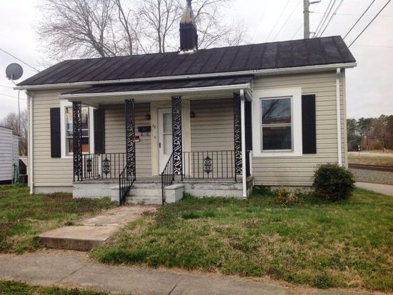 18 Carlson Ave, Danville, VA 24541