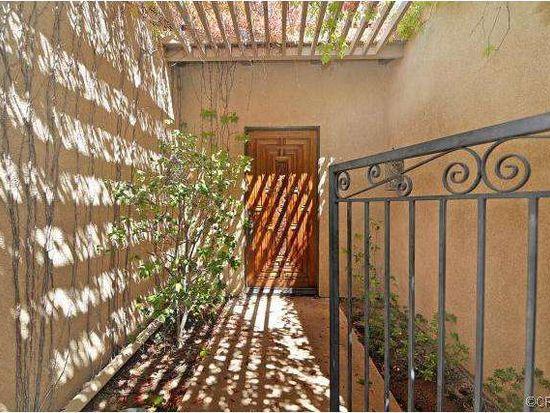 10542 Grove Oak Dr, Santa Ana, CA 92705