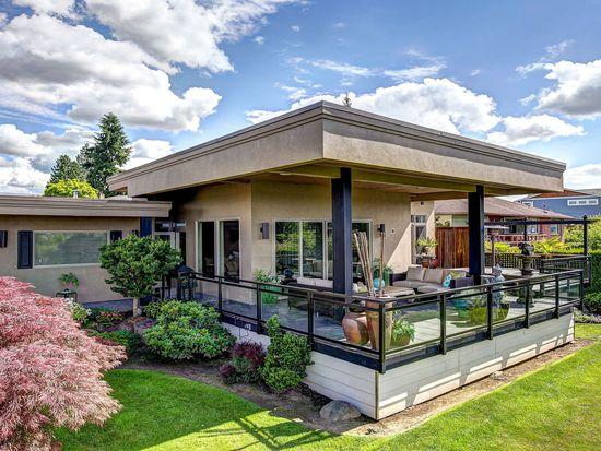 10733 Crestwood Dr S, Seattle, WA 98178