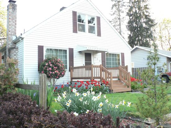 574 NW Forest St, Hillsboro, OR 97124