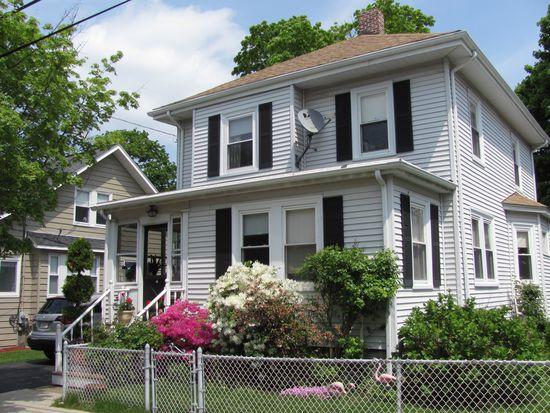 73 Bromfield St, Quincy, MA 02170