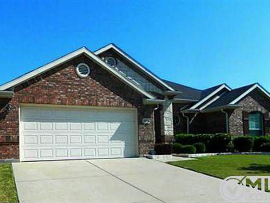 5851 Windy Meadow Ln, Grand Prairie, TX 75052