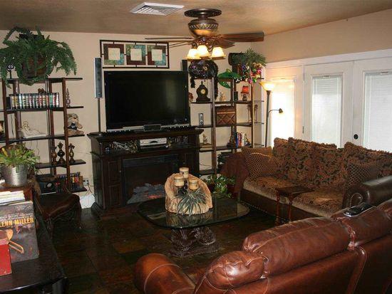 1375 Oaks End St, Bridge City, TX 77611
