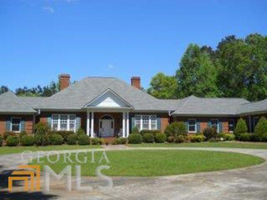 144 Lake Forest Dr, Elberton, GA 30635