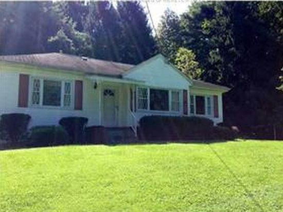 1652 Lakewood Dr, Charleston, WV 25312