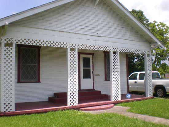 1327 Gulfway Dr, Port Arthur, TX 77640