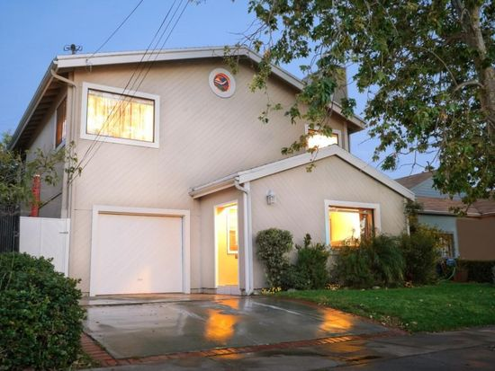 712 Swarthmore Ave, Pacific Palisades, CA 90272