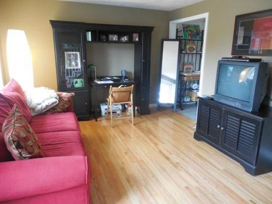 11 Forest Way UNIT 11, Plainville, MA 02762
