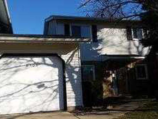 6505 Hathaway Ln, Downers Grove, IL 60516