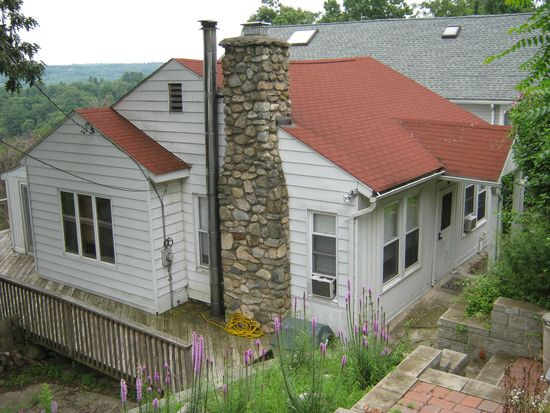 104 Traverse Rd, Lake Peekskill, NY 10537