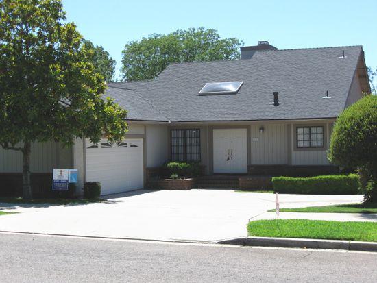 2157 N Nutmeg St, Escondido, CA 92026