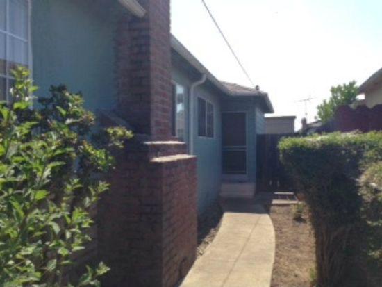 143 Wisteria Dr, East Palo Alto, CA 94303