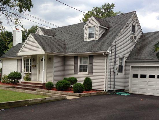 67 Cedar Ln, Hillsdale, NJ 07642