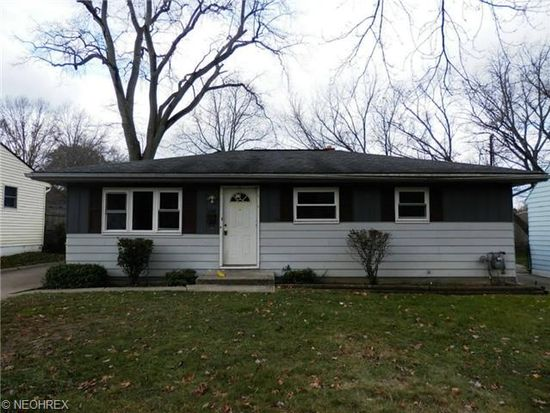 1106 Terrell Dr, Akron, OH 44313