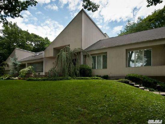 70 Spruce St, Roslyn, NY 11576
