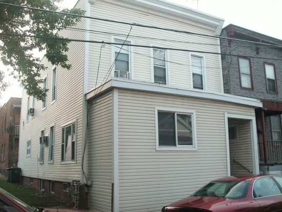 117 Lancaster St, Cohoes, NY 12047