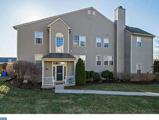 707 Thornhill Dr, Collegeville, PA 19426