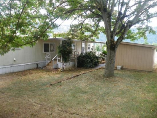 1504 Winston Section Rd, Winston, OR 97496