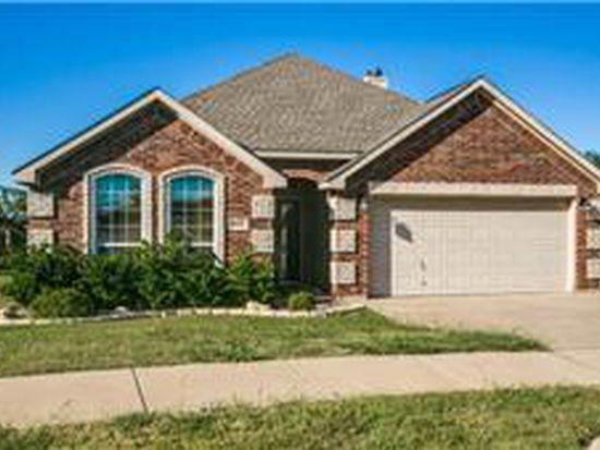 4016 Vista Greens Dr, Fort Worth, TX 76244