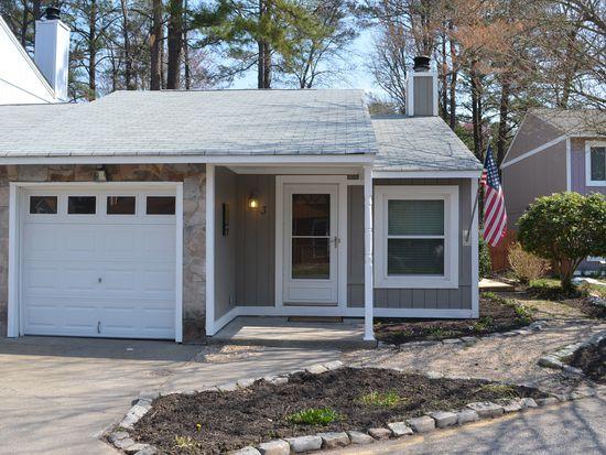 3 Newstead Cir, Chesapeake, VA 23320