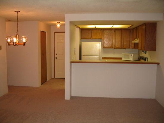 13717 Linden Ave N APT 115, Seattle, WA 98133