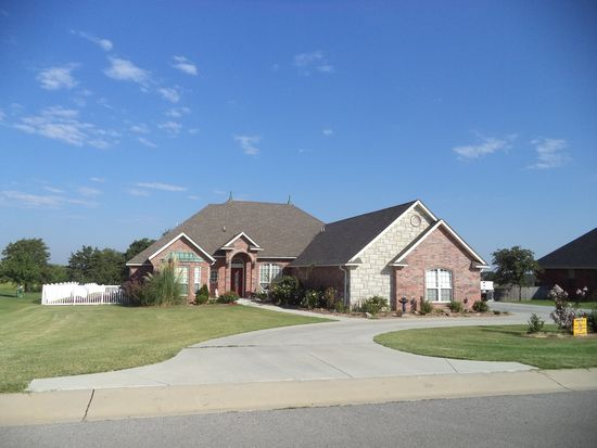 661 Silver Chase Dr, Choctaw, OK 73020