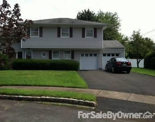 36 Gail Ct, Springfield, NJ 07081