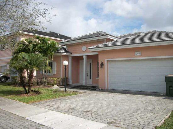 387 NE 30th Ave, Homestead, FL 33033