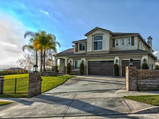 36450 County Line Rd, Yucaipa, CA 92399