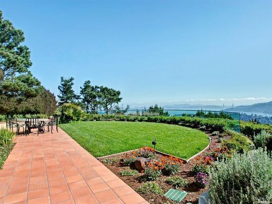 1 Place Moulin, Tiburon, CA 94920
