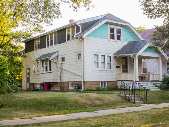 3211A W Fairmount Ave, Milwaukee, WI 53209